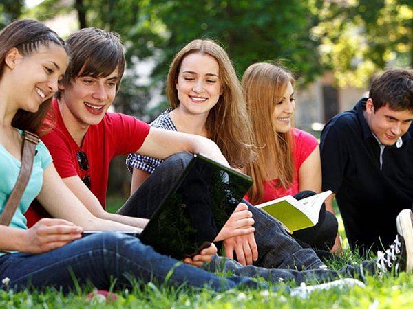 Giovani, sfide culturali e prospettive pastorali