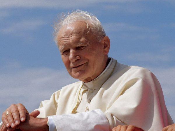 Milano ricorda San Giovanni Paolo II